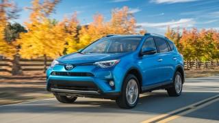 2016_Toyota_RAV4_Limited_Hybrid_13