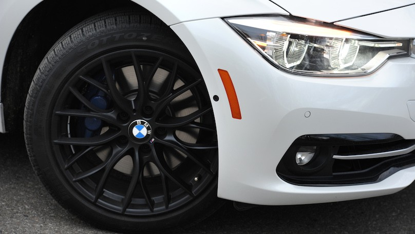 BMW 328i xDrive Touring 2016-wheels