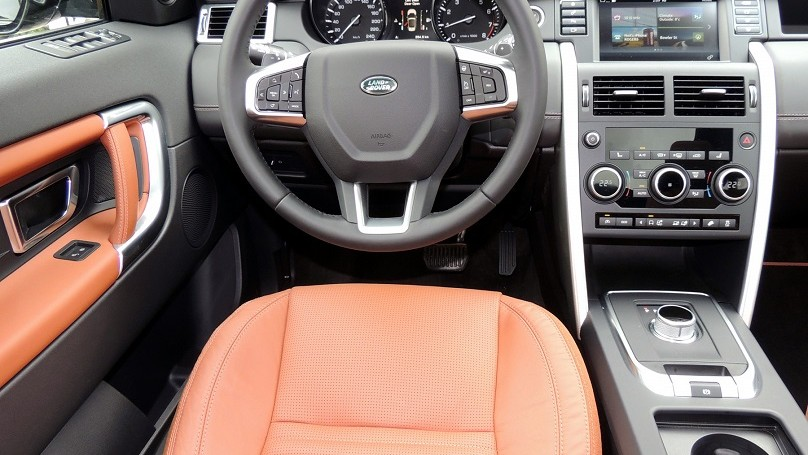 Land Rover Discovery Sport 2016 - interior