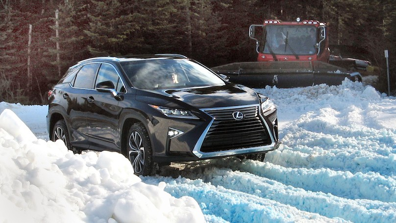 Lexus 2016 AWD Winter-RX snow