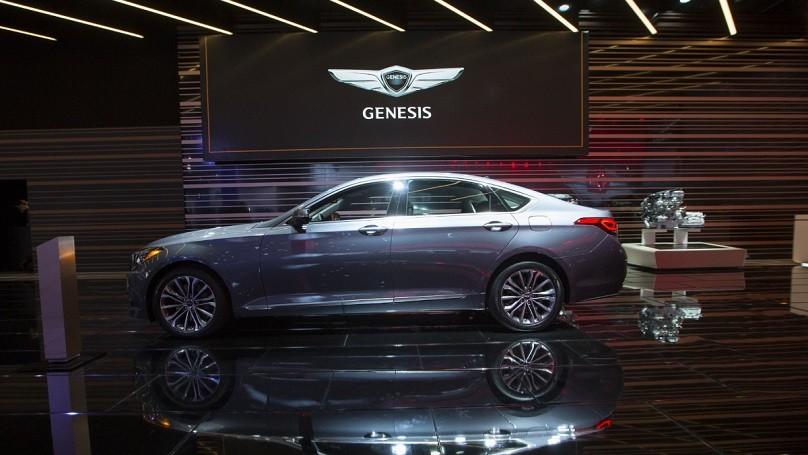 Detroit Auto Show 2016 X80