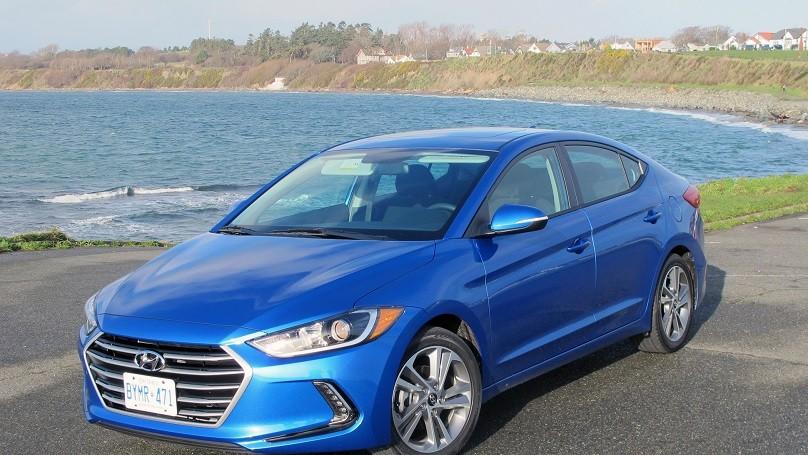 Hyundai Elantra 2017 main