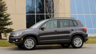 VW Tiguan 2016-main