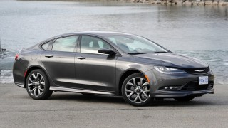 Chrysler 200S AWD-main