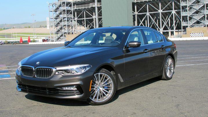 BMW 5 Series 2017 main