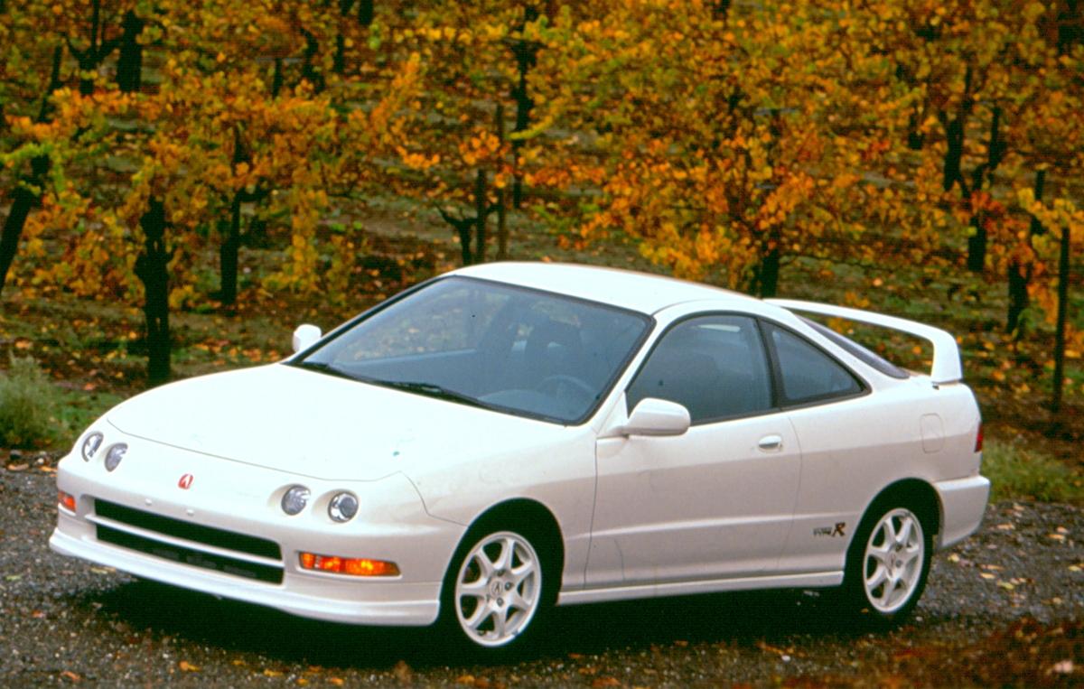 1999 acura integra type r review wheels ca https www wheels ca car reviews 1999 acura integra type r