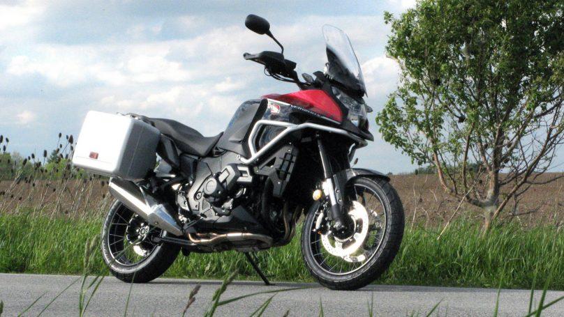 VFR1200X - Honda's adventure tourer – WHEELS ca