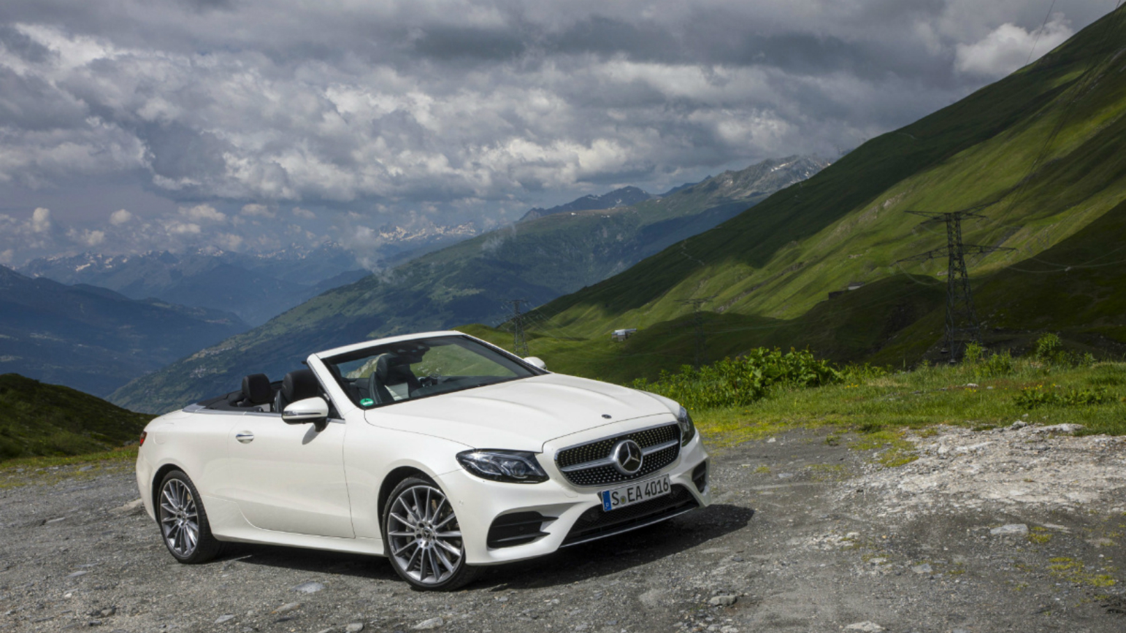 Mercedes-Benz E-Class: Important safety notes