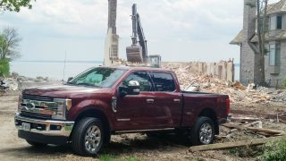 Ford F-350 Super Duty Lariat