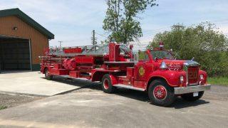1962 Mack B-85F Fire Truck