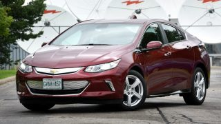 2017 Chevrolet Volt LT Review