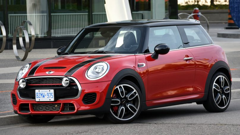 2017 MINI John Cooper Works Review