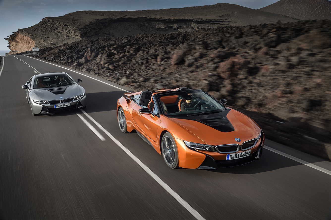 TrackWorthy -2019 BMW i8 Coupe and Roadster (1)
