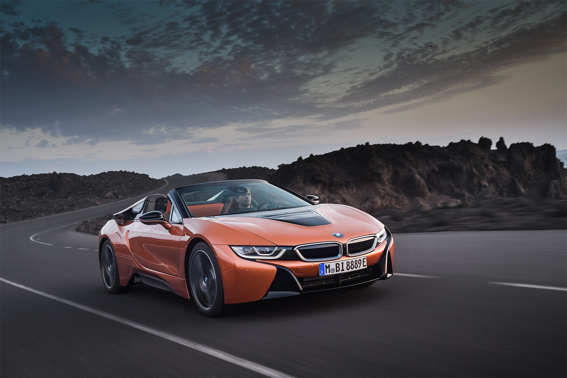 TrackWorthy -2019 BMW i8 Roadster (3)