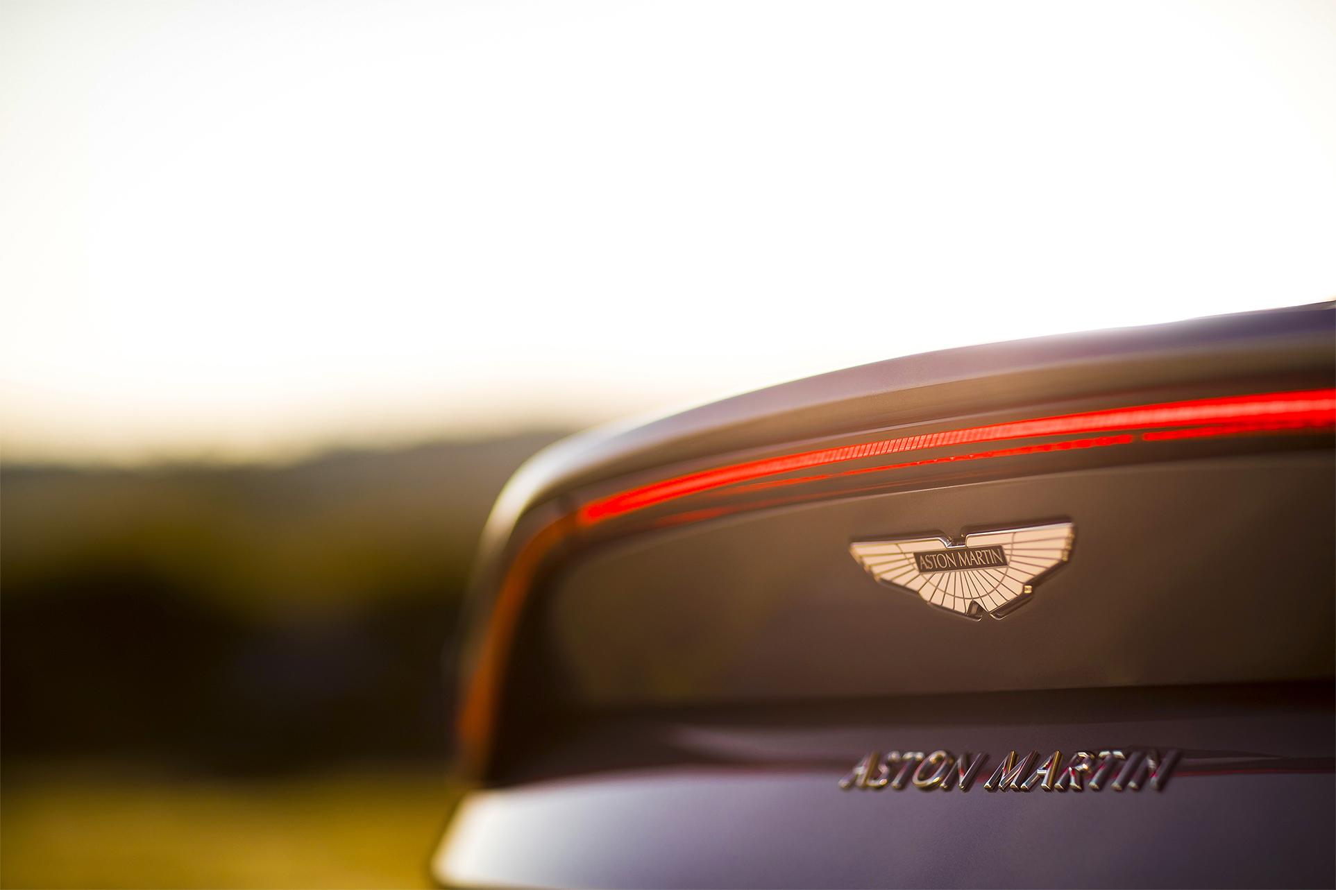 TrackWorthy - Aston Martin Vantage_Tungsten Silver_11