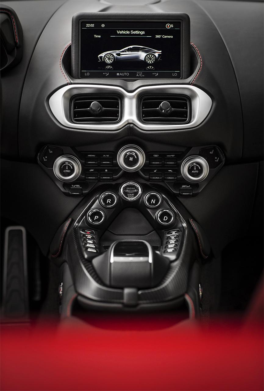 TrackWorthy - Aston Martin Vantage_Tungsten Silver_15