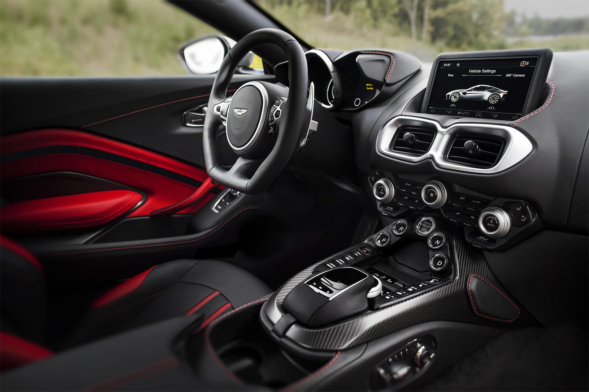 TrackWorthy - Aston Martin Vantage_Tungsten Silver_20
