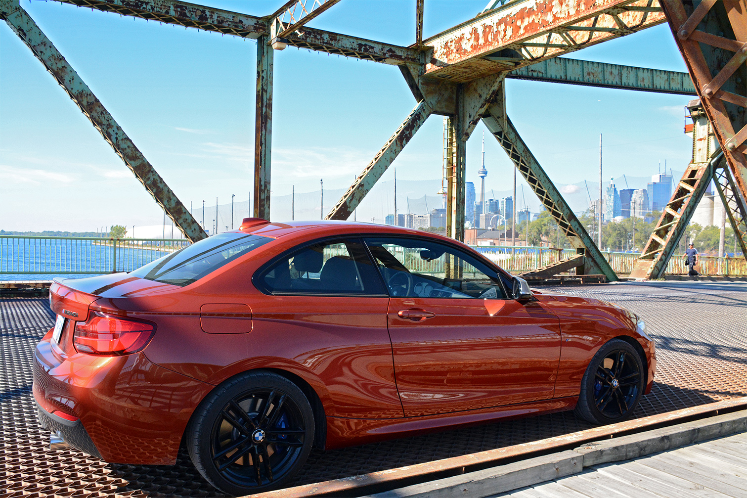 TrackWorthy - BMW M240i Coupe - 01