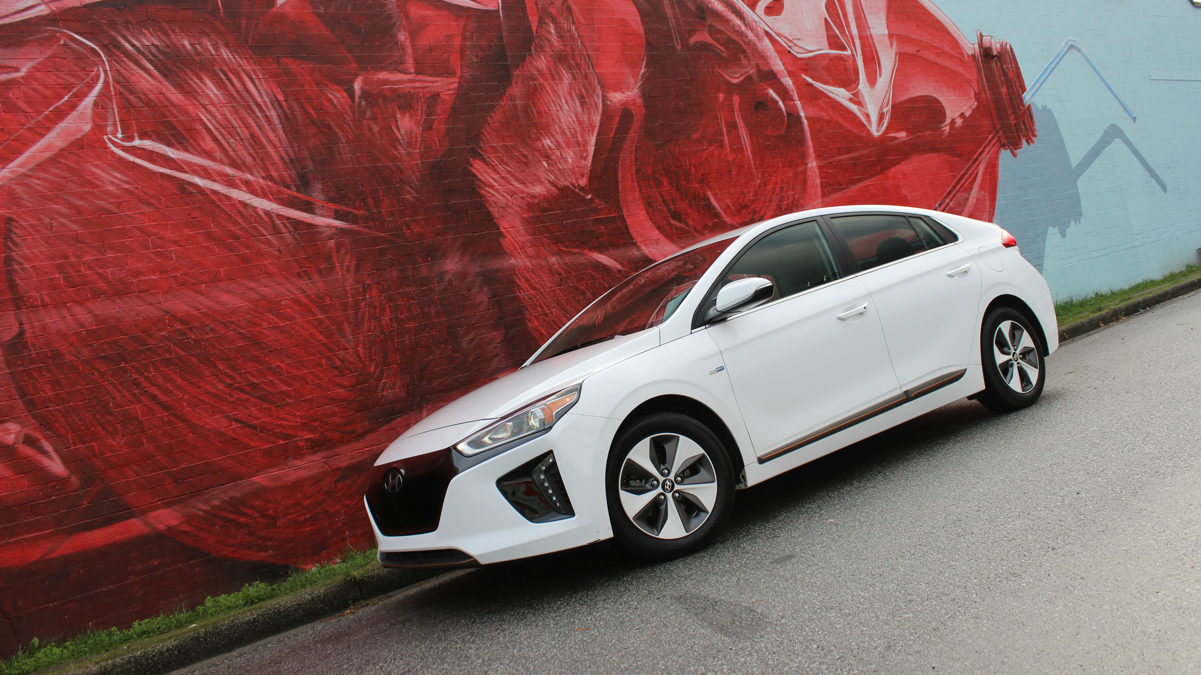 2017 Hyundai Ioniq EV review