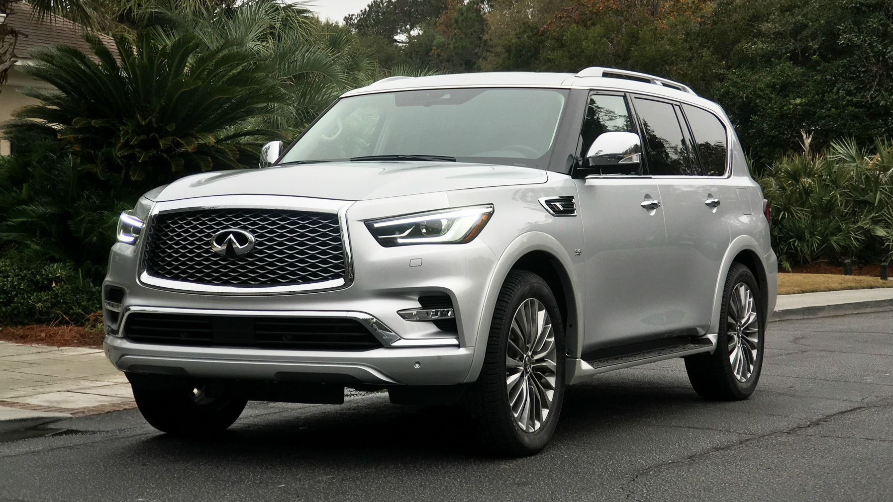 infiniti pricing suv fq reviews sale suvs base edmunds for oem