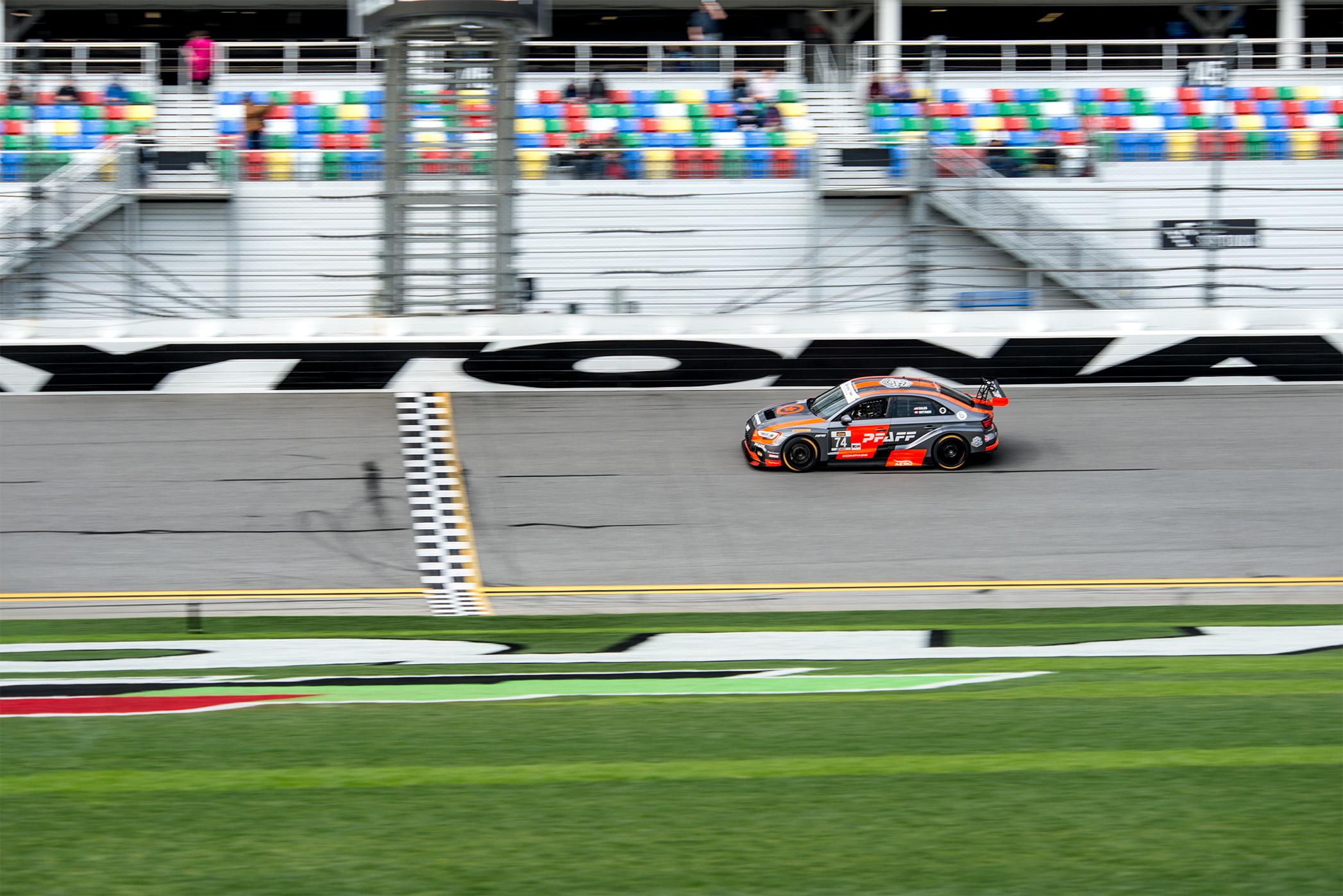 TrackWorthy - Daytona BMW Endurance Challenge - 007