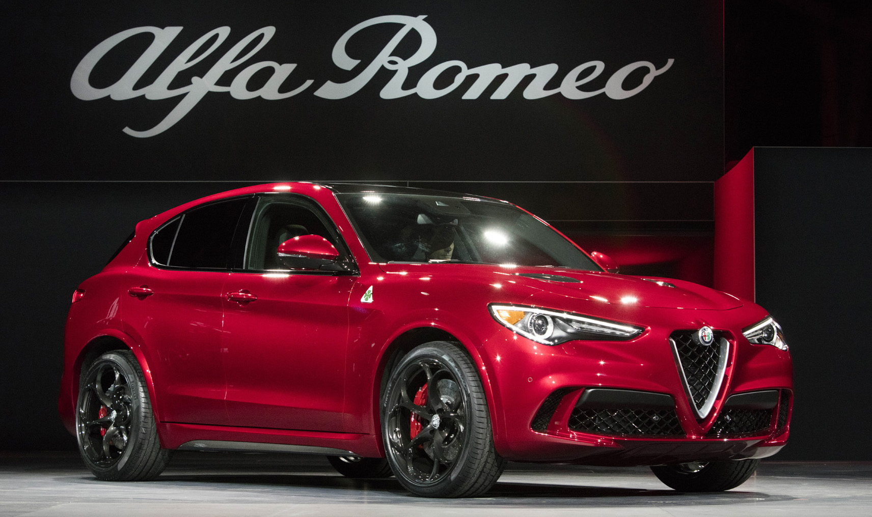 Alfa Romeo Stelvio Quadrifoglio Starts At 95 000 Wheels Ca