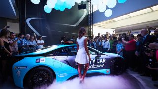 BMW i8 Qualcomm Safety Car (6)