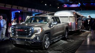 2019 GMC Sierra reveal