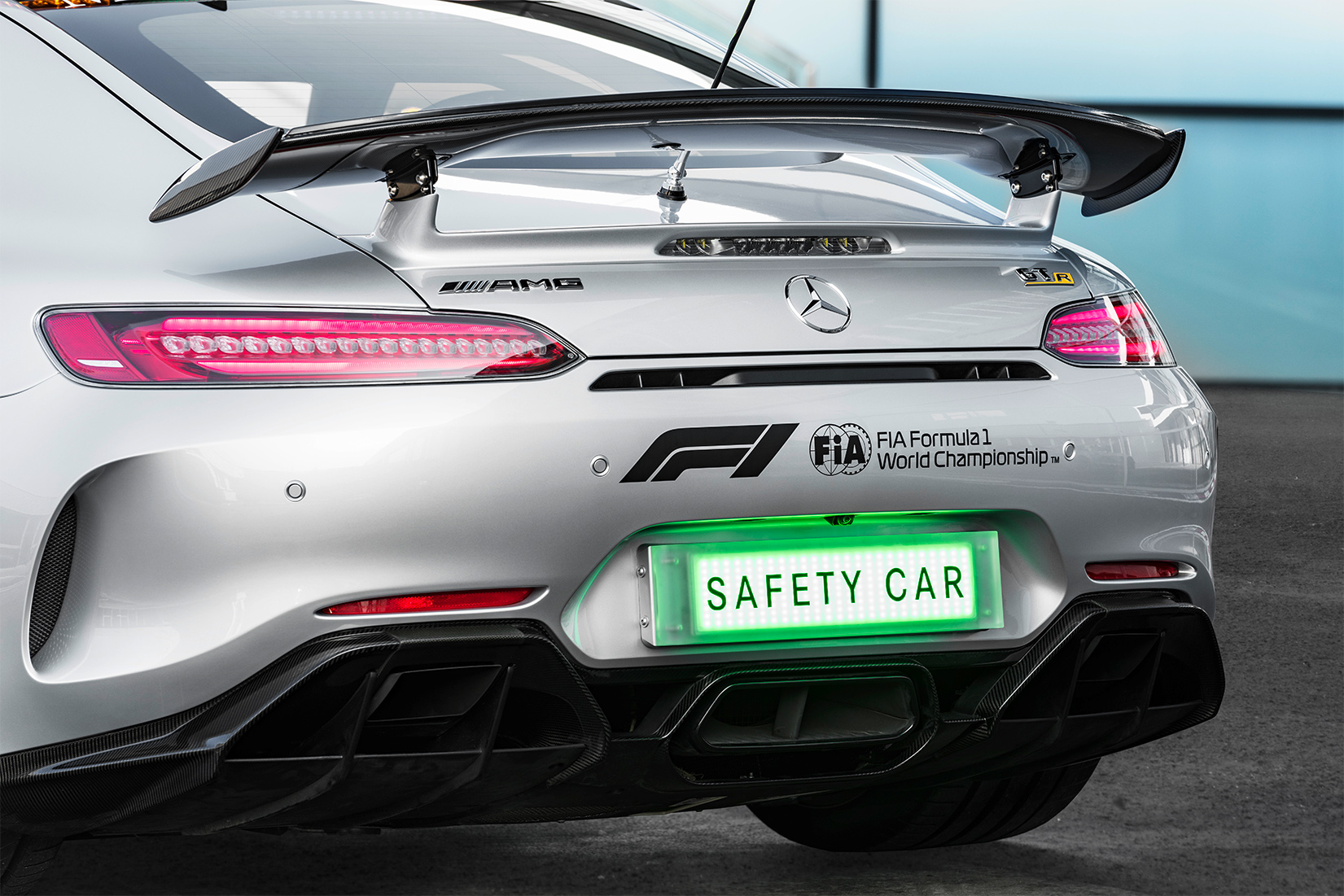 TrackWorthy - 2018 Mercedes-AMG GT R Formula 1 Safety Car (25)