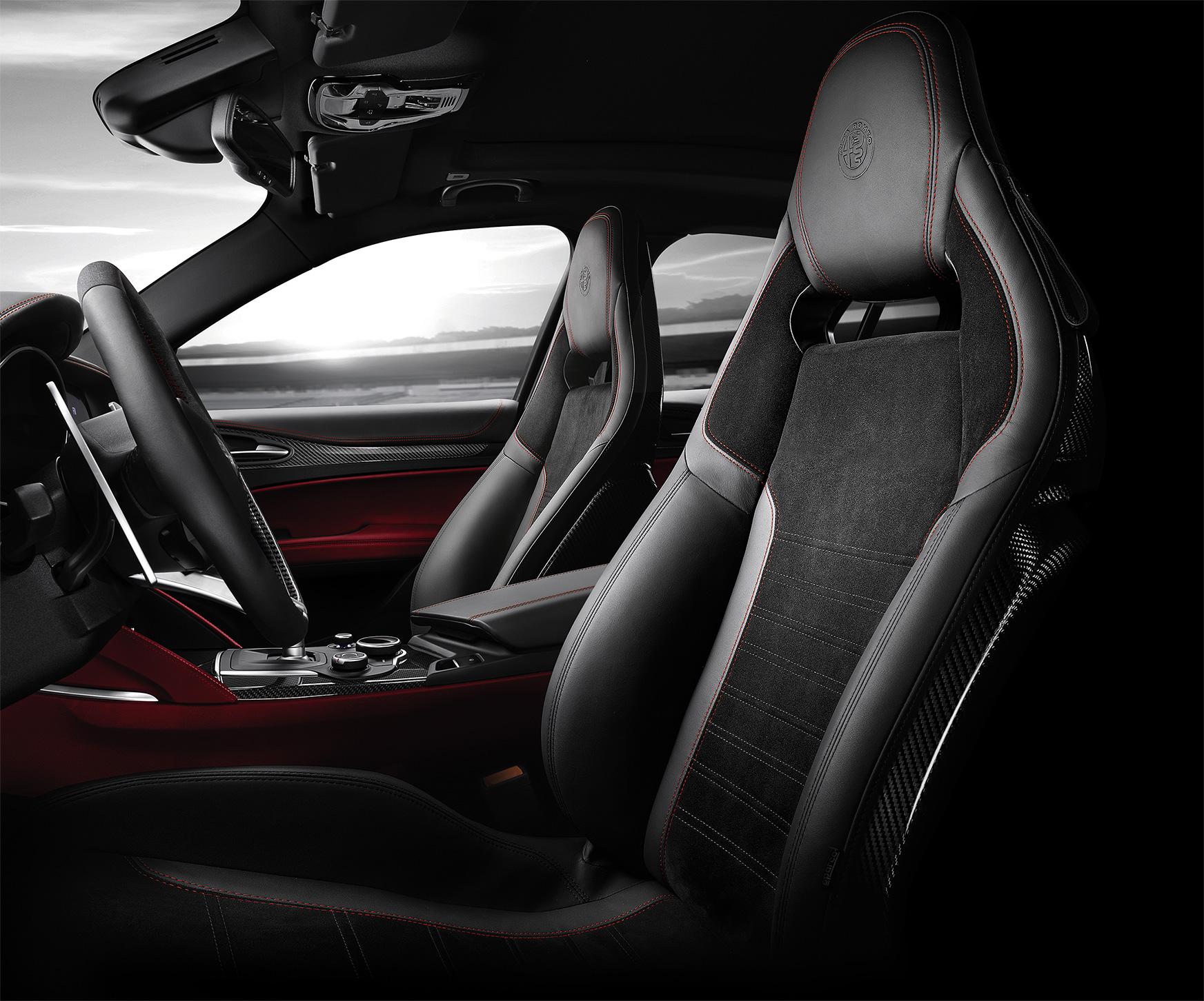 TrackWorthy - Alfa Romeo Interno SetlvioQ NR