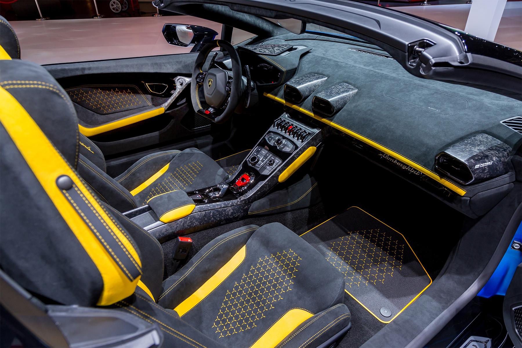 TrackWorthy - Lamborghini Huracan Performante Spyder 09
