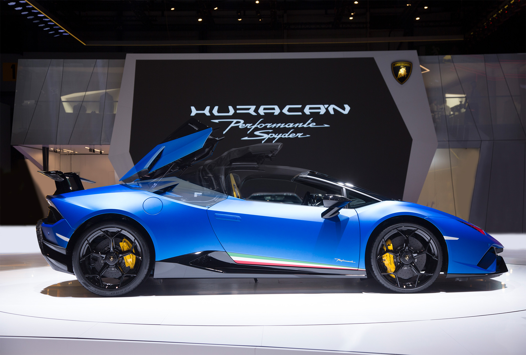 TrackWorthy - Lamborghini Huracan Performante Spyder 12