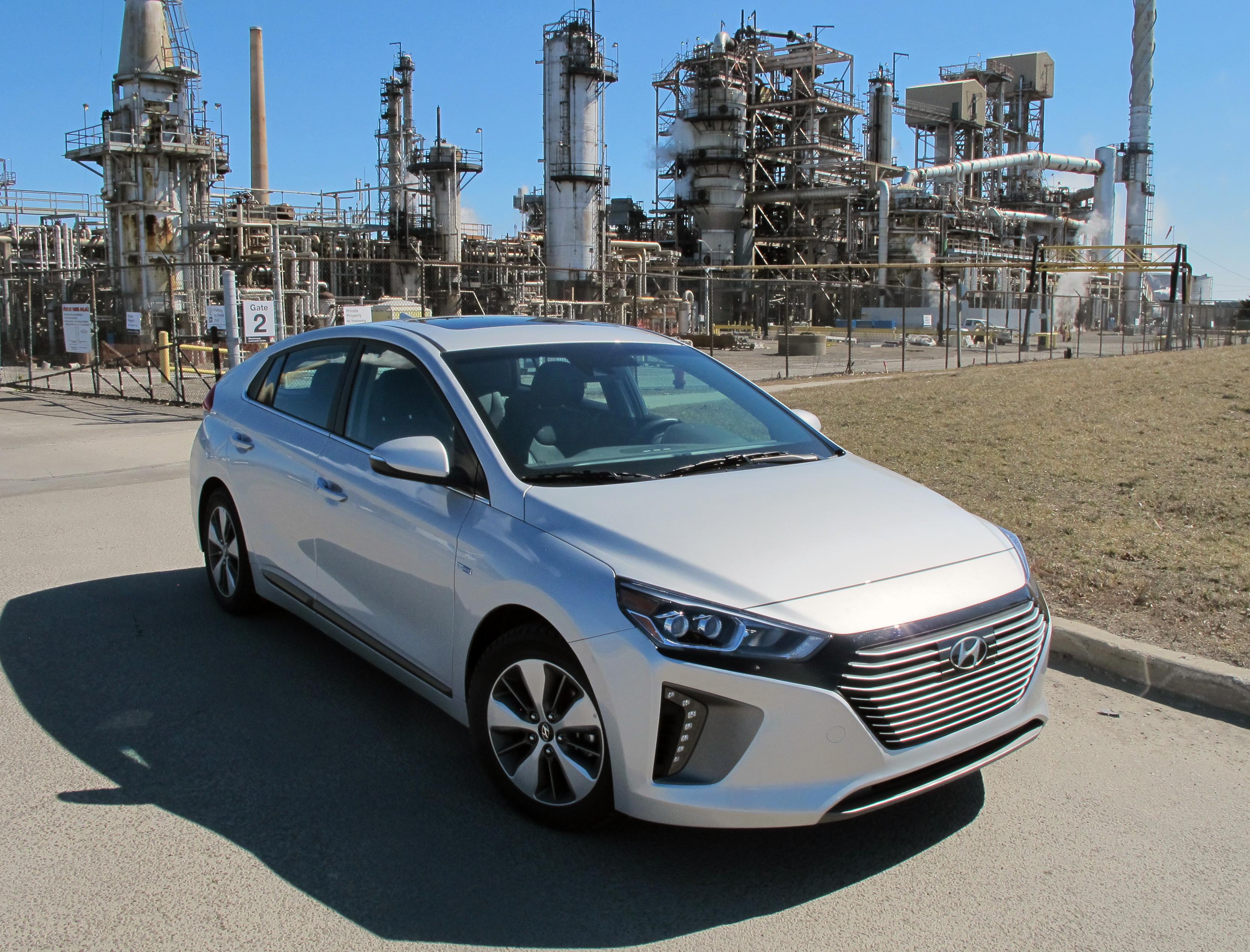 2018 Hyundai Ioniq Limited PHEV review