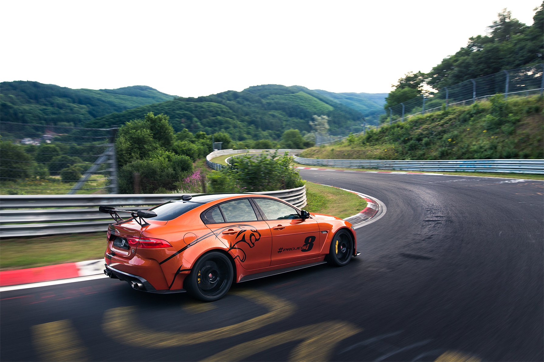 TrackWorthy - Jaguar XE SV Project 8 (3)