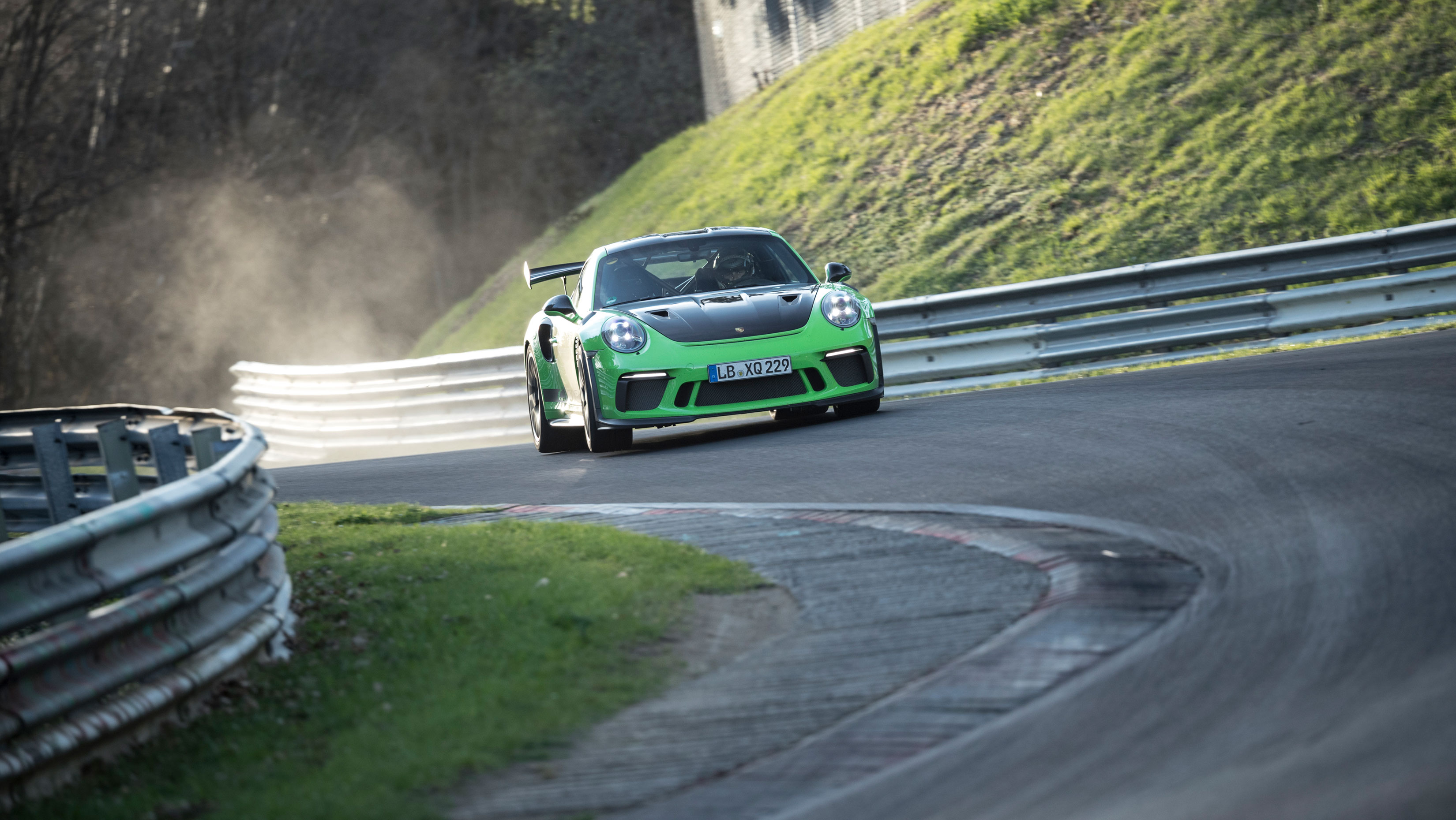 TrackWorthy - Porsche 911 GT3 RS Nurburgring Record - 01