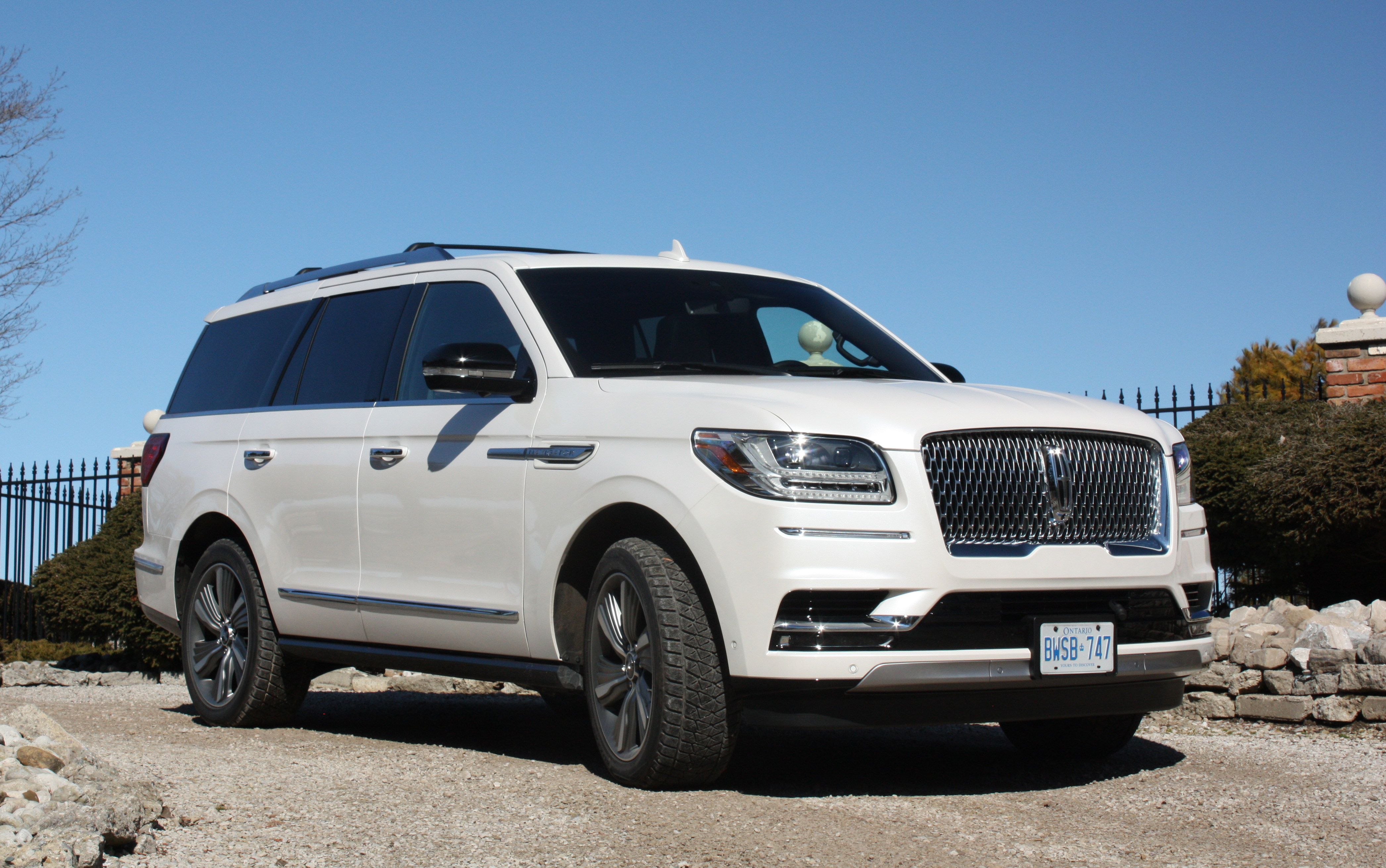 steve suv the navigator lincoln limo s with in style img roll