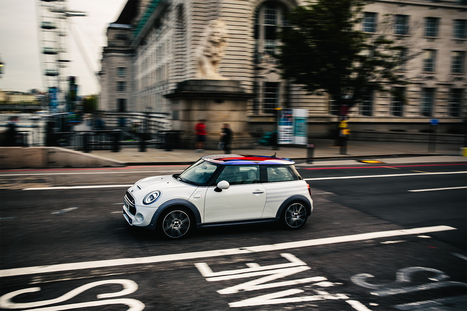TrackWorthy - Royal Wedding Mini Cooper S (1)