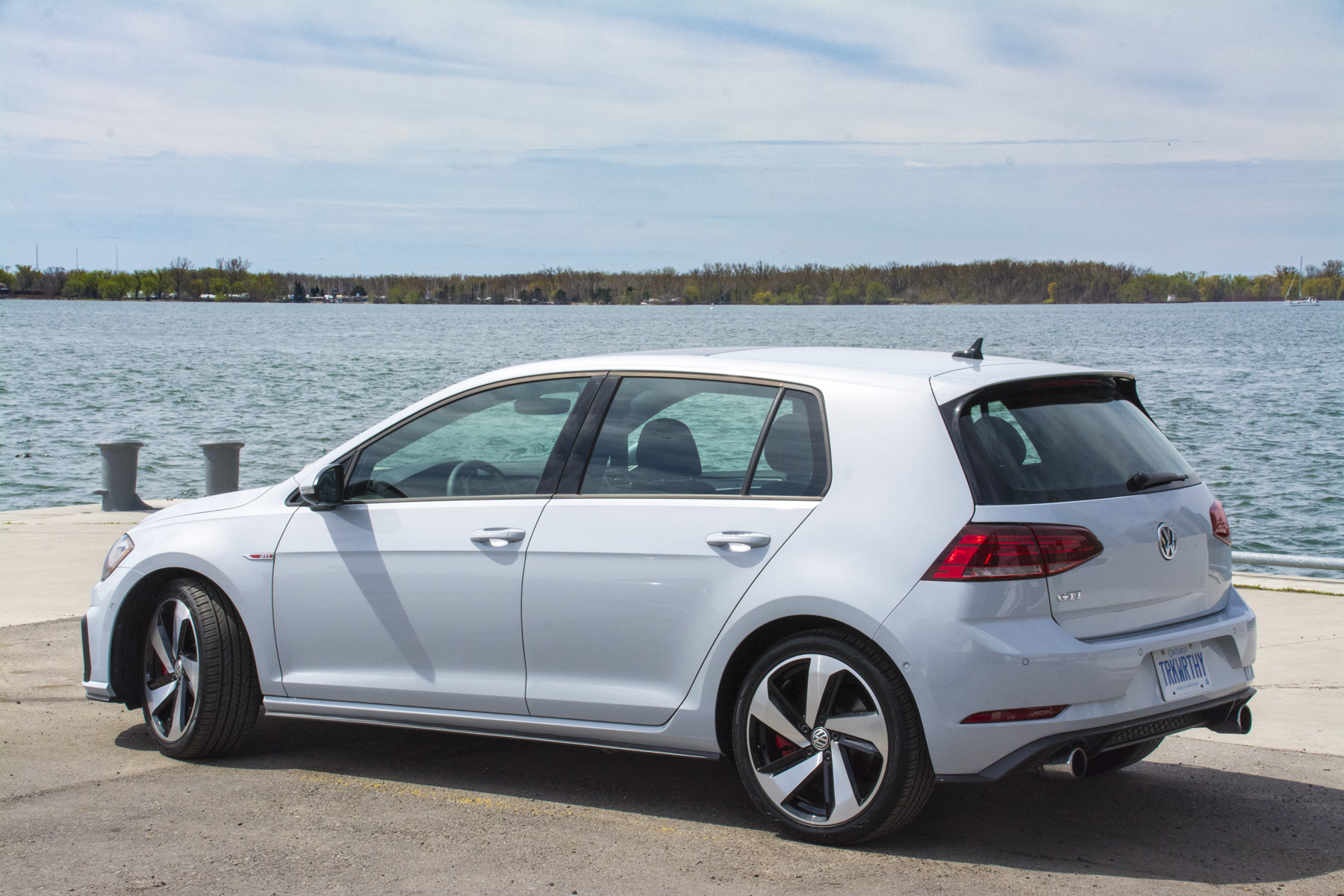 TrackWorthy - 2018 Volkswagen Golf GTI (49)