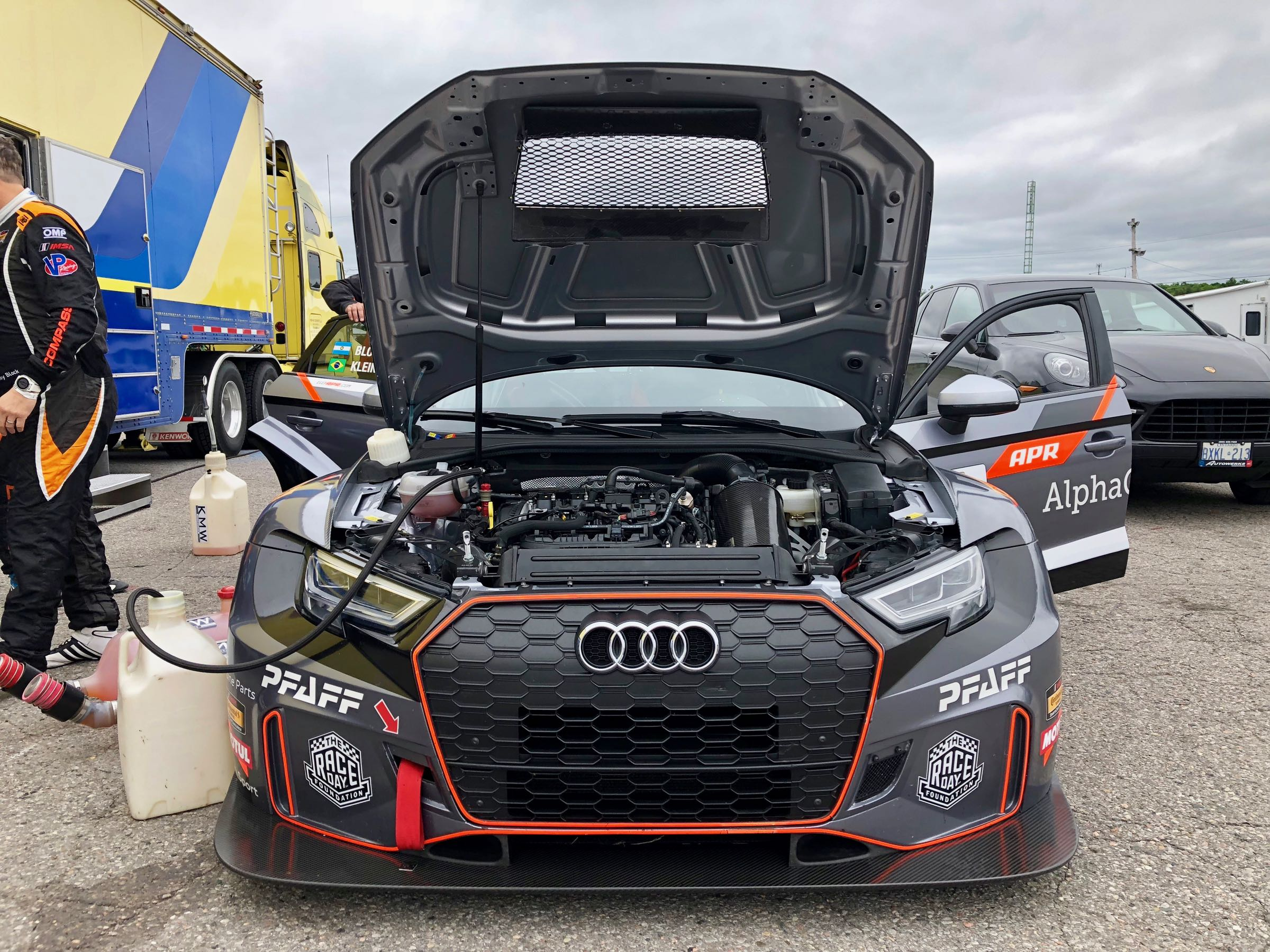 Road Car Vs Racecar 2018 Audi Rs 3 Vs Audi Rs 3 Lms Tcr Wheels Ca