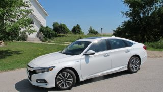 Review 2018 Honda Accord Hybrid
