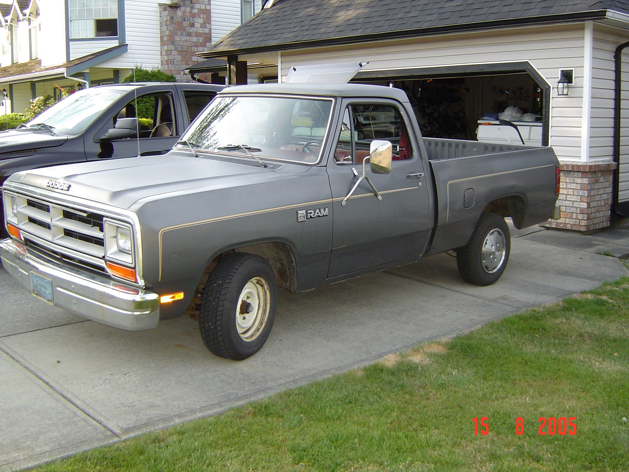 Death Love Garage Sales The Story Of Kents Dodge 1986 Ram D250 Pictures Only 7