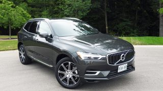 Review 2018 Volvo XC60 T8 Plug-in Hybrid