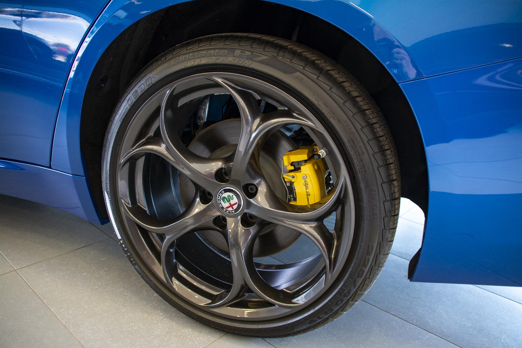 TrackWorthy - 2018 Alfa Romeo Giulia Ti Sport (19)