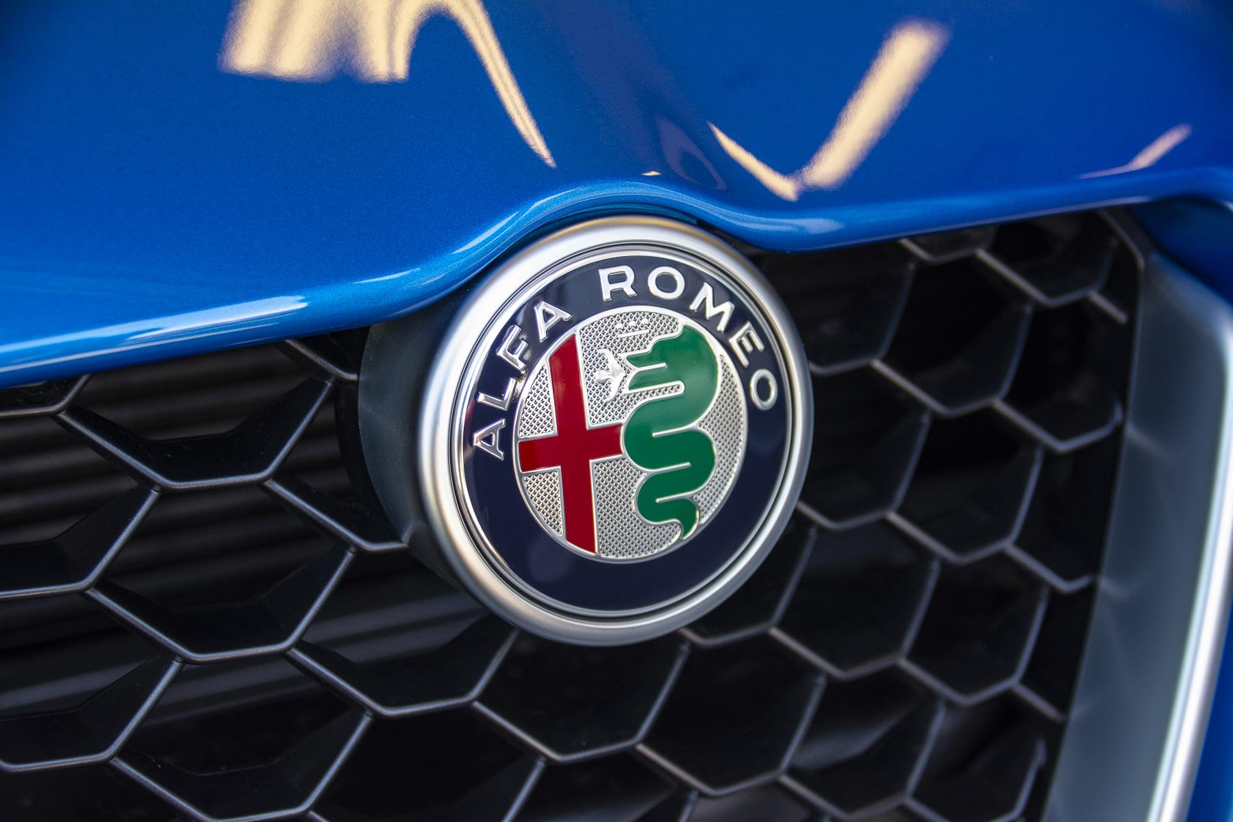 TrackWorthy - 2018 Alfa Romeo Giulia Ti Sport (64)
