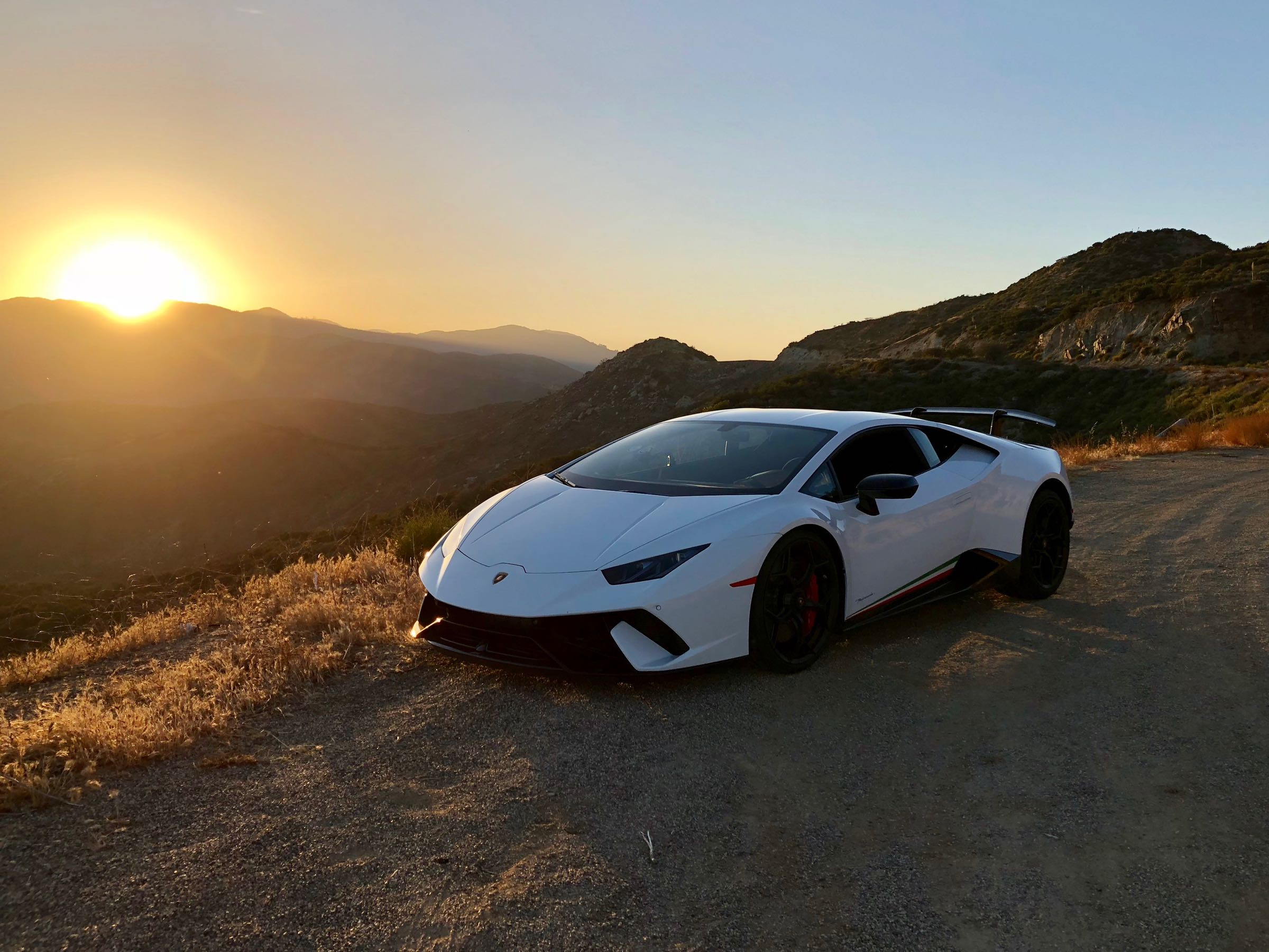 Review 2018 Lamborghini Huracán Performante