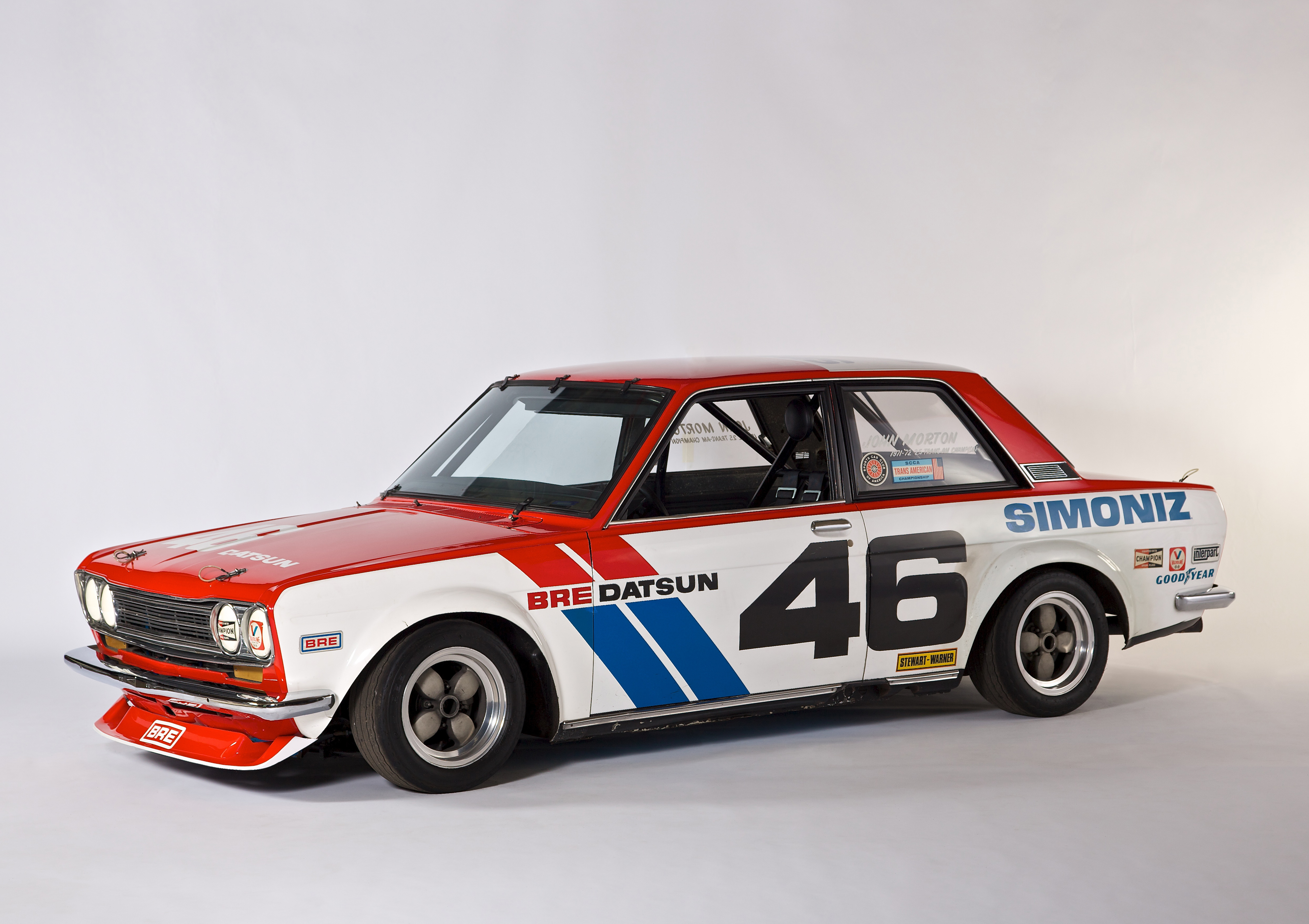 vintage Nissan and Datsun racecars