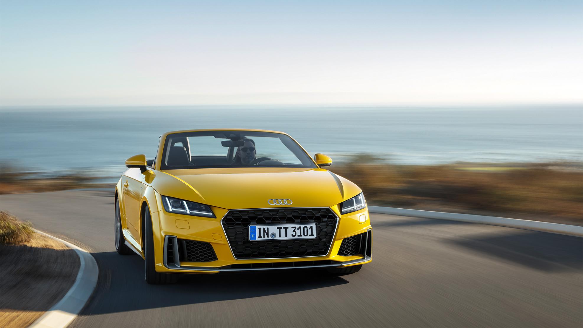 TrackWorthy - 2019 Audi TT Roadster S Line (1)