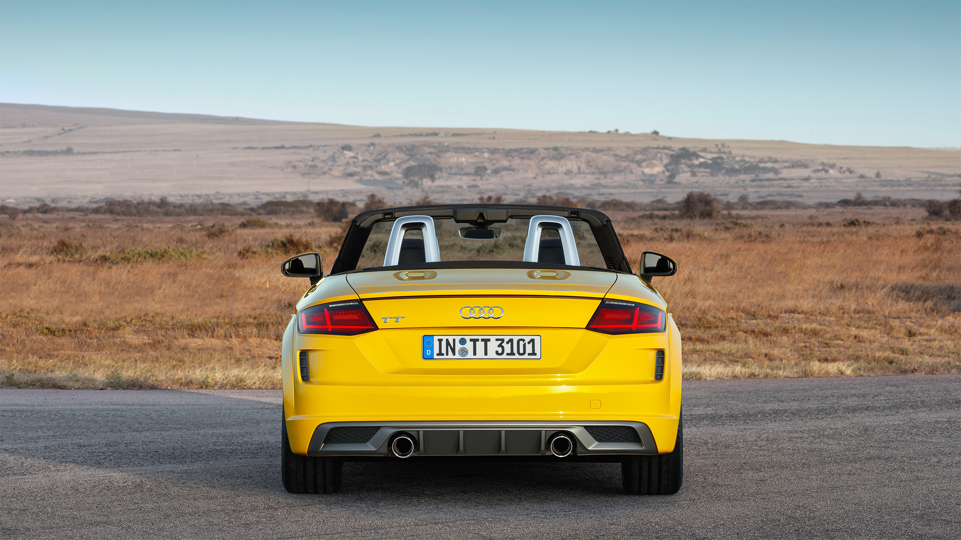 TrackWorthy - 2019 Audi TT Roadster S Line (14)