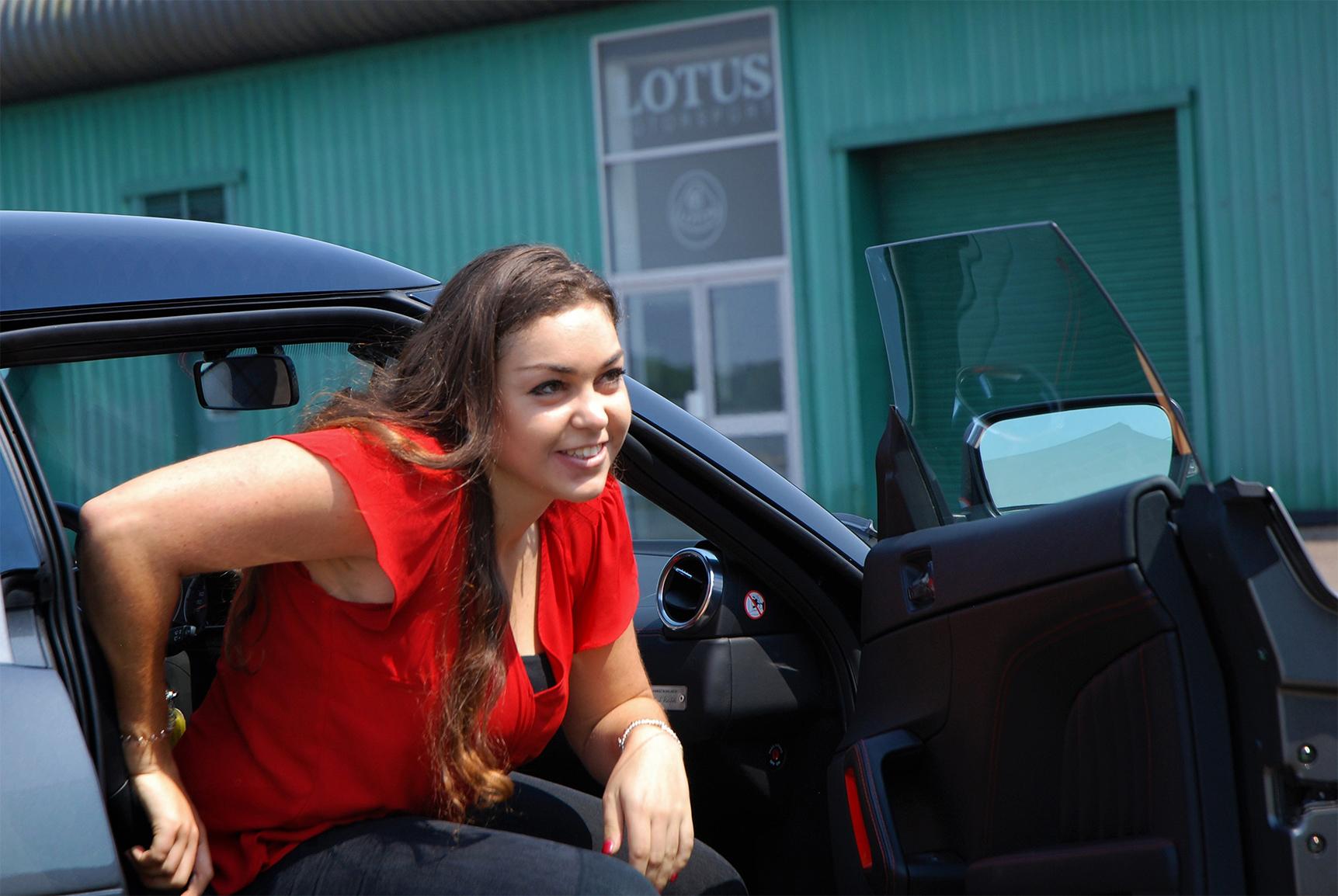 TrackWorthy - Elisa Artioli and the Lotus Elise (3)