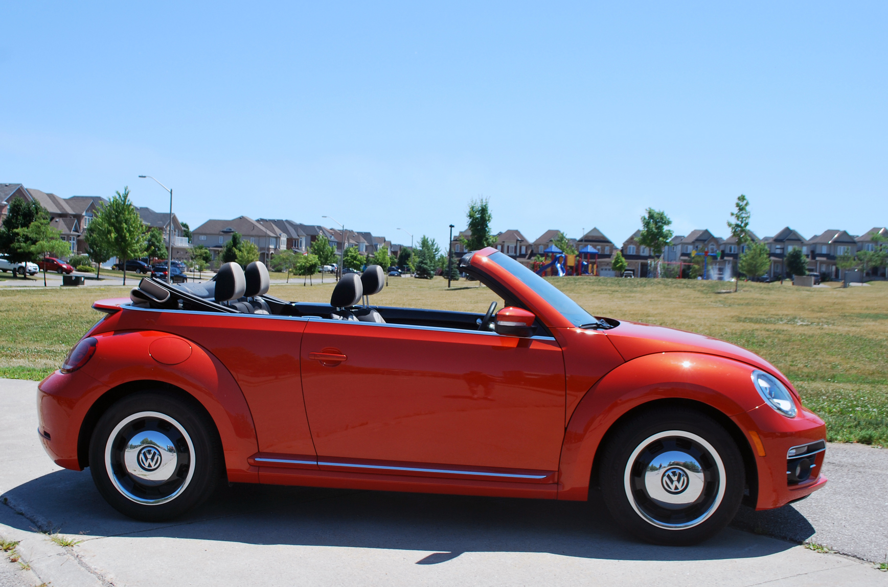 Review 2018 VW Beetle Convertible